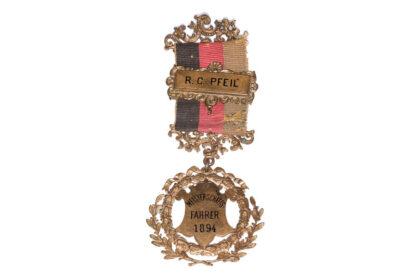 RADFAHRER CLUB Abzeichen R.C Pfeil Meisterschafts Fahrer 1894