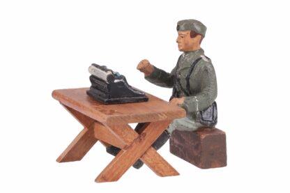 ELASTOLIN Soldat mit Schreibmaschine