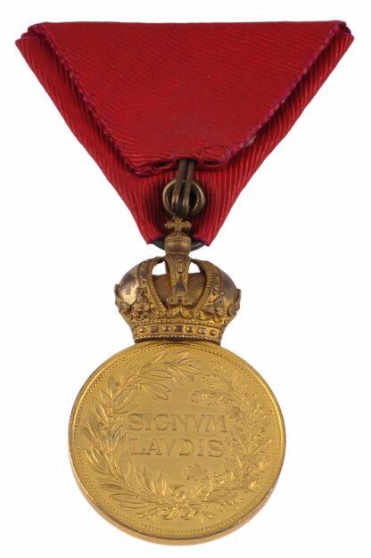Millitär Verdienst Medaille MVM Signum Laudis3