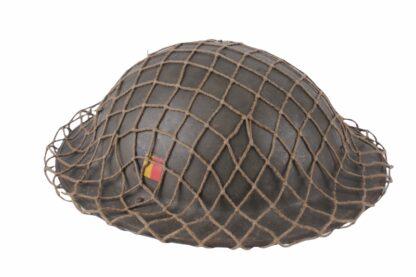Stahlhelm aus Belgien WW2 mit Tarnnetz3