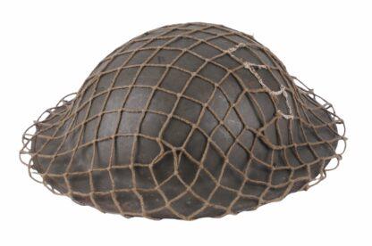 Stahlhelm aus Belgien WW2 mit Tarnnetz4