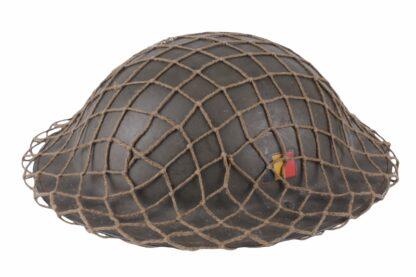 Stahlhelm aus Belgien WW2 mit Tarnnetz6