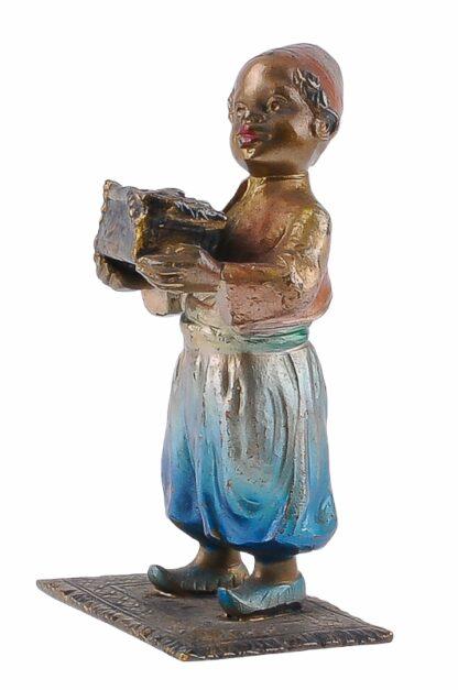 Bronze Figur Bergmann Junge orientale mit Schmuckkiste4