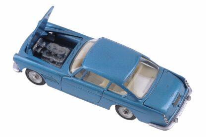 Dinky Toys 515 1:43 Ferrari 250 GT Pininfarina 2+2 Coupé4
