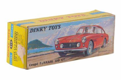 Dinky Toys 515 1:43 Ferrari 250 GT Pininfarina 2+2 Coupé5