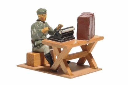 Elastolin Soldat Lagerleben mit Funkgerät und Schreibmaschine3