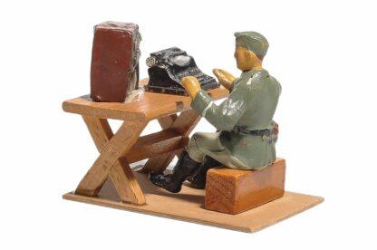 Elastolin Soldat Lagerleben mit Funkgerät und Schreibmaschine4
