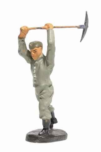Elastolin Soldat Pionier mit Hacke1