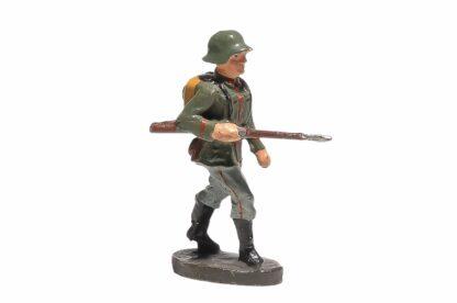 Elastolin Soldat gehend mit Gewehr1