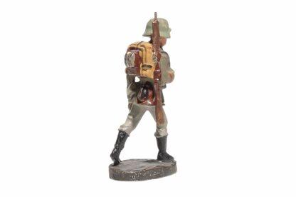 Elastolin Soldat marschierend Gewehr Geschultert1