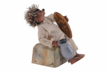 Figur mit Kanne und Brot Peter Mecki (2)