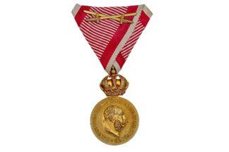 Bronze Militär Verdienstmedaille Signum Laudis mit Schwerter1